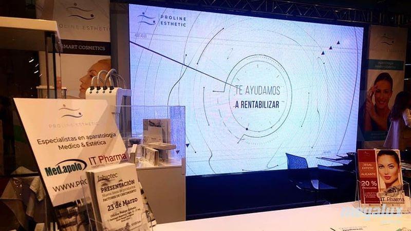 Proline Esthetic destaca en Jesal Extetic Alicante gracias a una gran pantalla LED Megalux