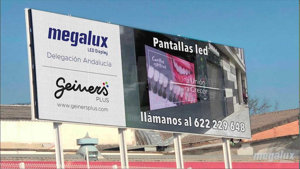 La agencia publicitaria Geiners elige a Megalux para su gran pantalla LED de exterior