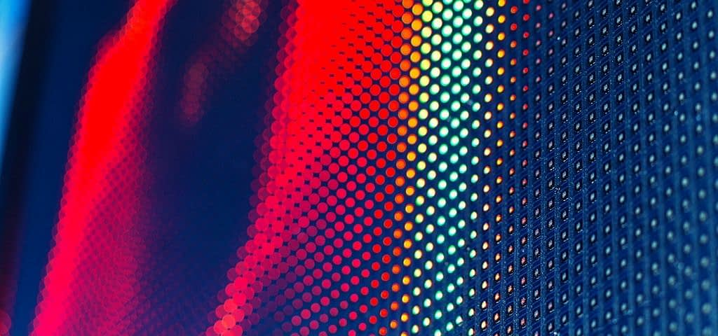 ¿Cuál es la vida útil de un chip LED de pantalla publicitaria