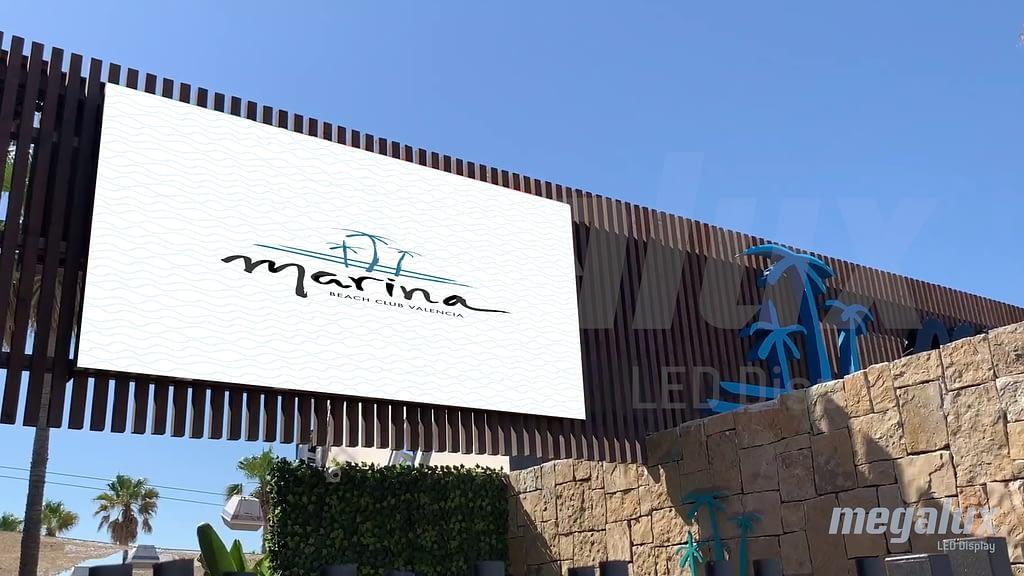 Megalux renueva las espectaculares pantallas LED de Marina Beach Club Valencia